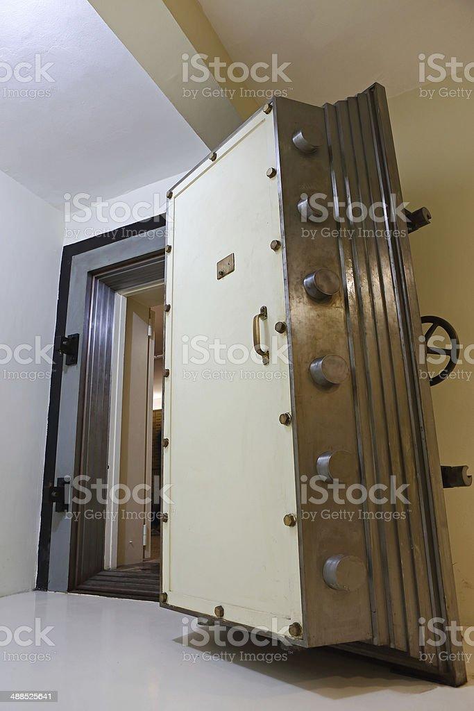Photo libre de droit de Porte De Chambre Forte banque d\'images et ...