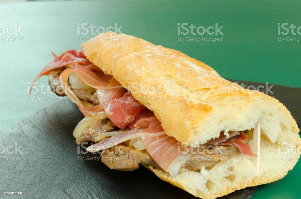 Sandwich de ternera Brascada - Foto de stock de Alimento libre de derechos