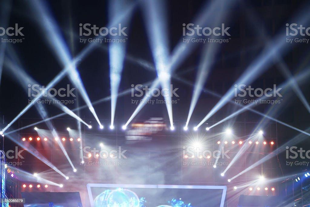 Vektor Bühne Rampenlicht mit Laser Strahlen – Foto