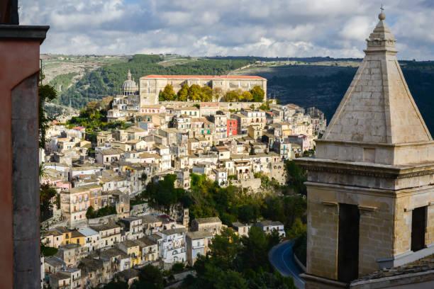 veduta - noto sicilië stockfoto's en -beelden