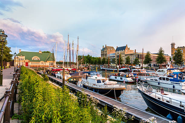 veerhaven porto di rotterdam-paesi bassi - rotterdam foto e immagini stock