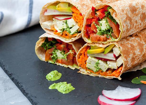 vegan salad tortilla wraps - Photo