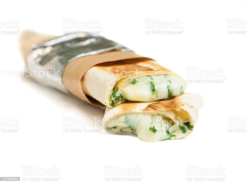 vegane Döner oder Kebap mit Mozarella-Wrap mit Gemüse. – Foto