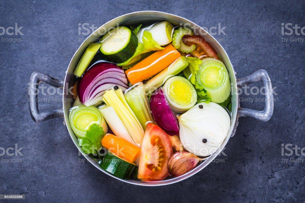 Bouillon de légumes ou soupe. - Photo
