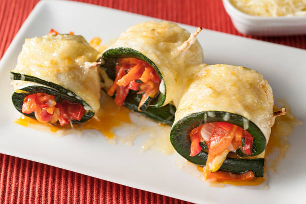 vegetable cannelloni - mergpompoen stockfoto's en -beelden