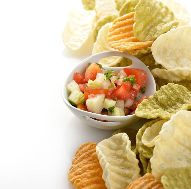 gemüse-chips - gemüsechips stock-fotos und bilder