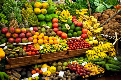 Mercato Ortofrutticolo - Fotografie stock e altre immagini di Alimentazione sana
