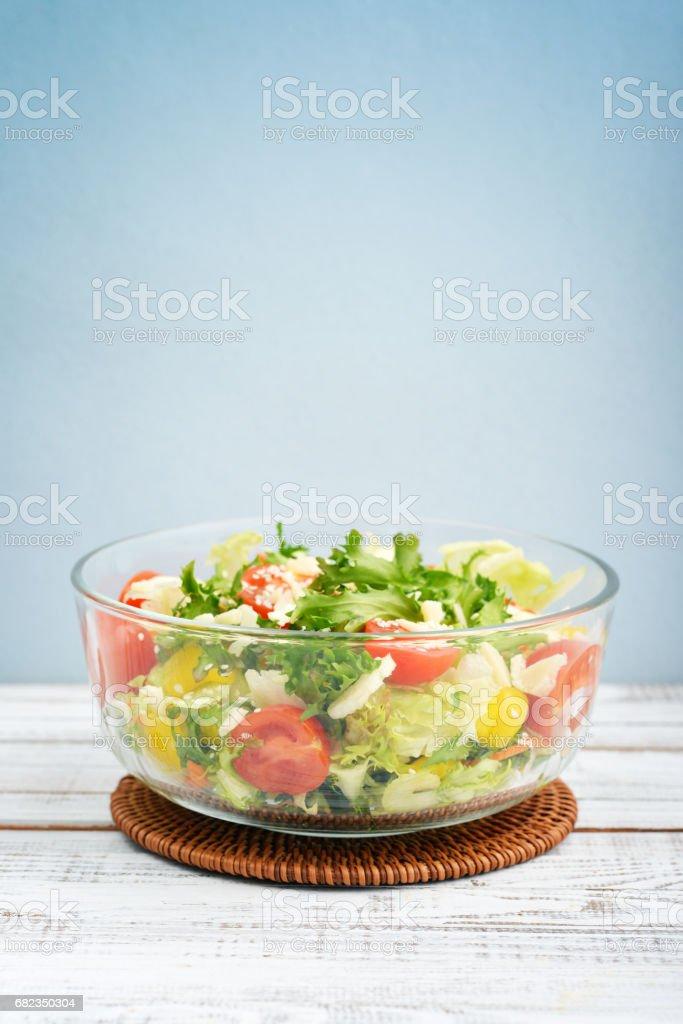 Grönsakssallad med parmesan royaltyfri bildbanksbilder