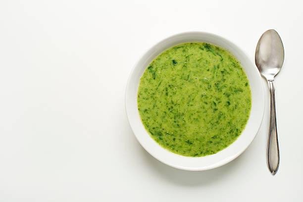 gemüsesuppe - spinatsuppe stock-fotos und bilder