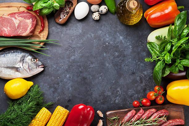 vegetables, fish and meat cooking - gemüse zu fisch stock-fotos und bilder