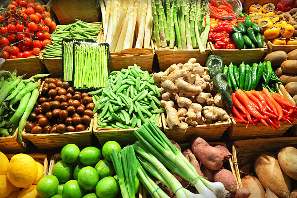 vegetables - bazaar stockfoto's en -beelden