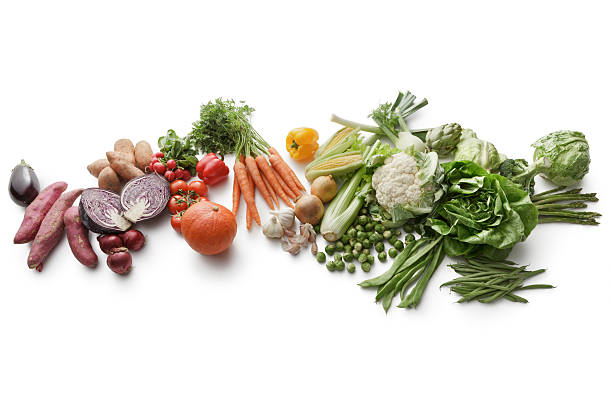 vegetables: variety of vegetables isolated on white background - artischocken gesund stock-fotos und bilder