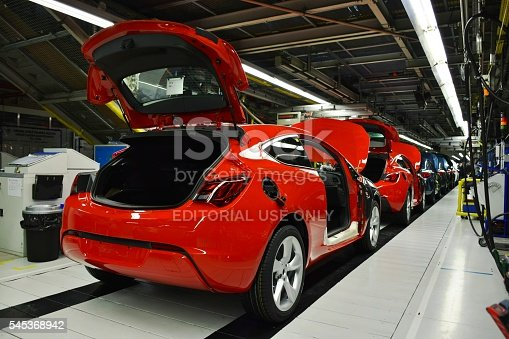 657996382 istock photo Vehicles on the production line 545368942