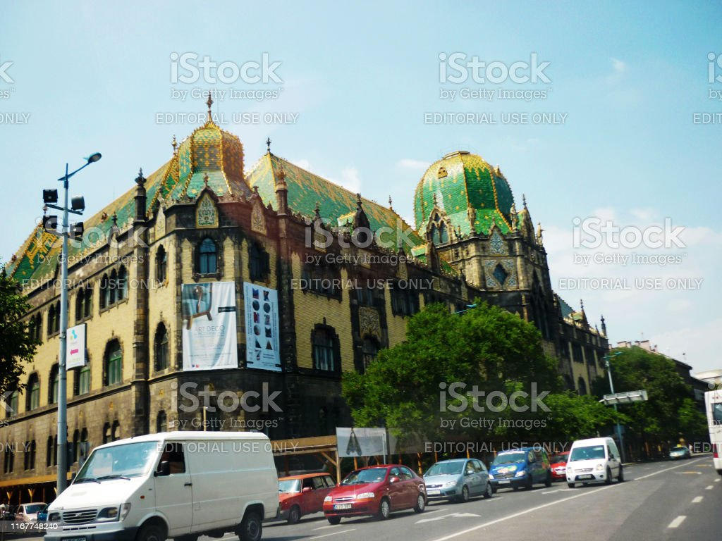 Vehicular Traffic And Tourists Outside Museum Of Applied Arts Budapest Hungary The Museum Is The Thirdoldest Applied Arts Museum In The World Stock Photo Download Image Now Istock