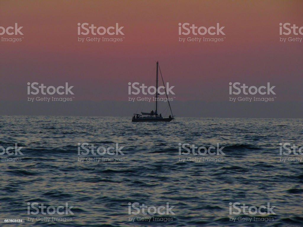 Velero anclado stock photo