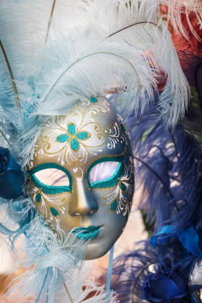 venetian carnival mask - rosa camo party stock-fotos und bilder