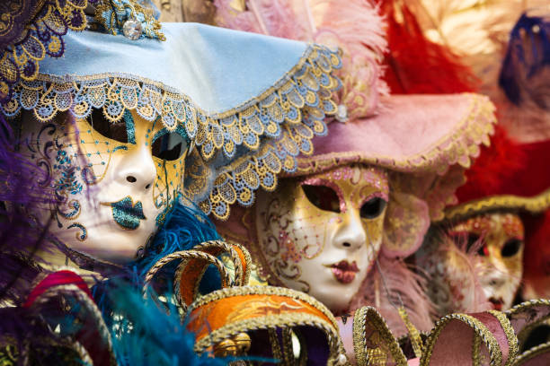 venetian carnival masks - rosa camo party stock-fotos und bilder