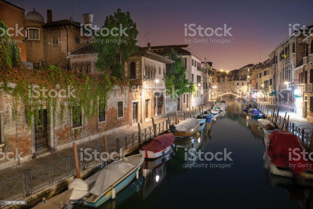 Venedig bei Nacht, Italien – Foto