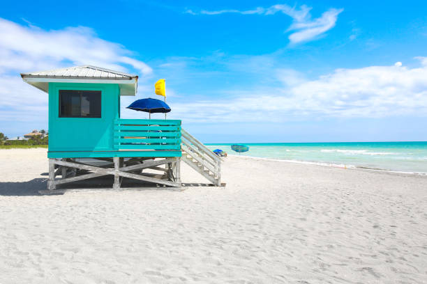 Venice Beach Florida turquoise lifeguard hut beach hut stock pictures, royalty-free photos & images
