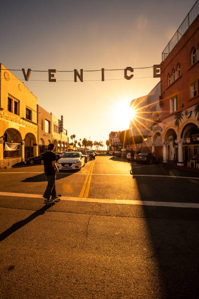 Venice Beach intersection and sign on Pacific Ave Los Angeles, United States - October 20th, 2018: Southwest Airlines landing at LAX (Tom Bradley International Airport) in Los Angeles at mid day. Seen from below. venice beach stock pictures, royalty-free photos & images