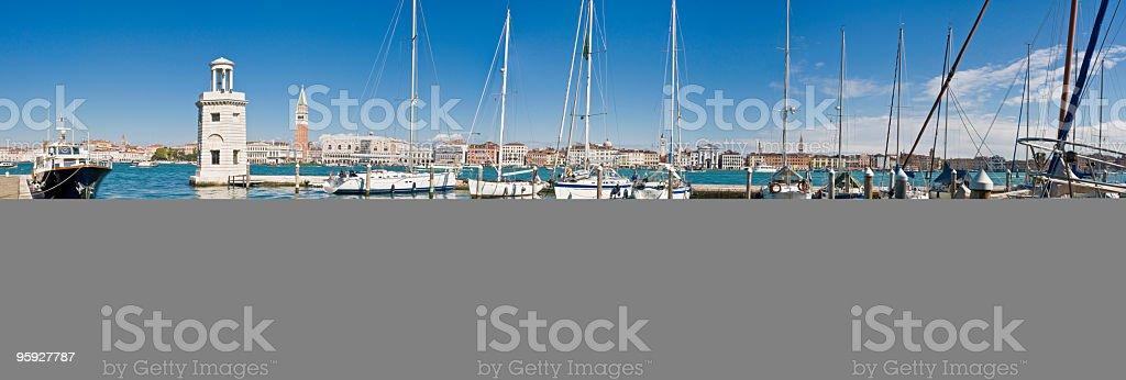 yachts de la marina de la lagune de Venise - Photo
