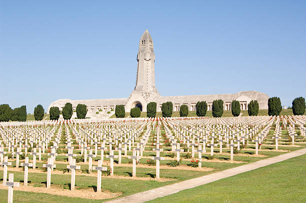 WWI Verdun military cemetery France The graves of French soldiers in Verdun, France. It was the location of one of the worst battles on the Western front in WWI. verdun stock pictures, royalty-free photos & images