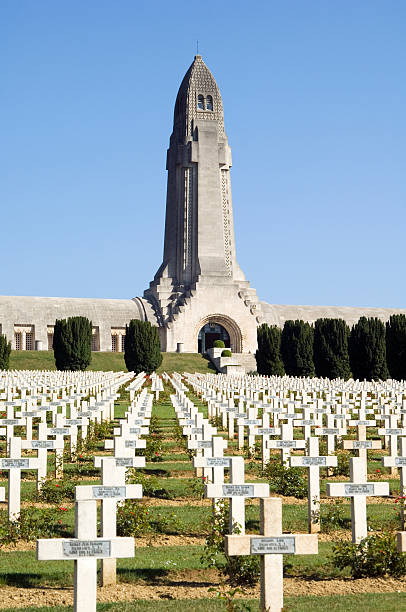 WWI Verdun military cemetery France Verdun, France - July 1, 2006: The graves of French soldiers in Verdun, France, in front of the Douaumont Ossuary. It was the location of one of the worst battles on the Western front in WWI. Focus in the centre. verdun stock pictures, royalty-free photos & images