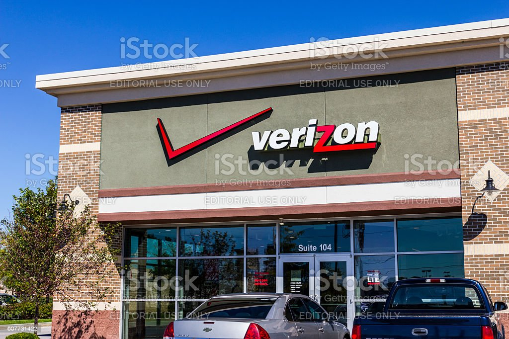 Verizon Wireless Retail Location XI stock photo