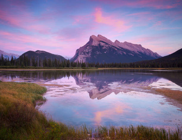 Lacs de Vermillion Sunset in Canada Banff - Photo