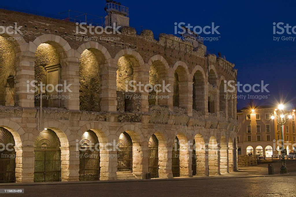 Arena di Verona a notte - foto stock
