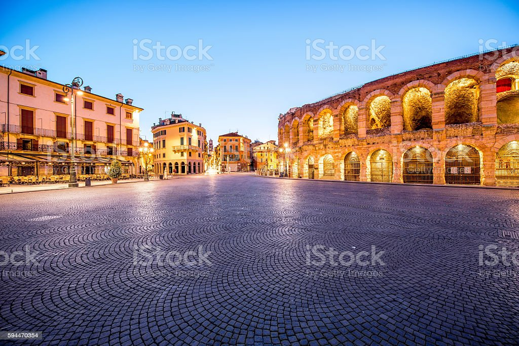 Verona night view - foto stock