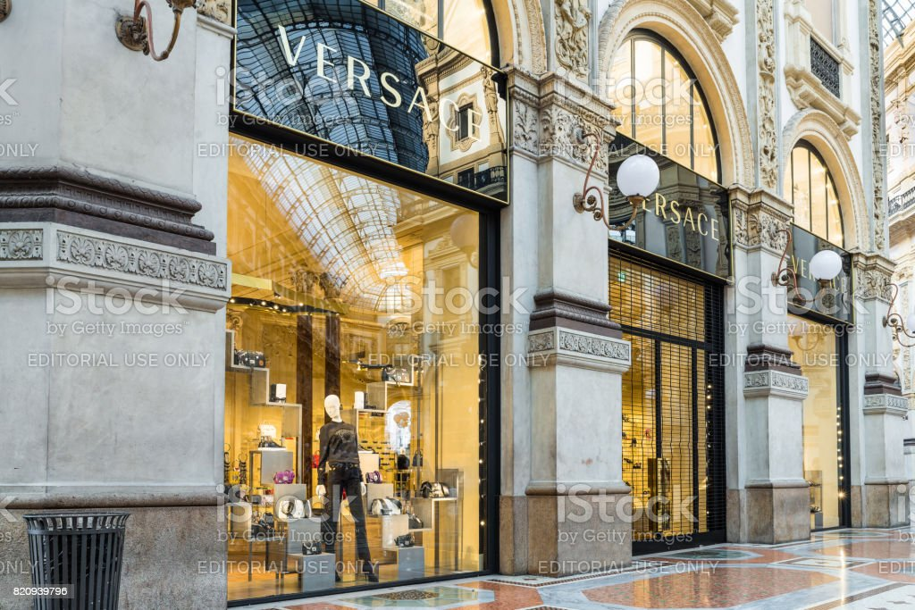 05216f185a Versace Shop At The Gallery Vittorio Emanuele Ii In Milan Center ...