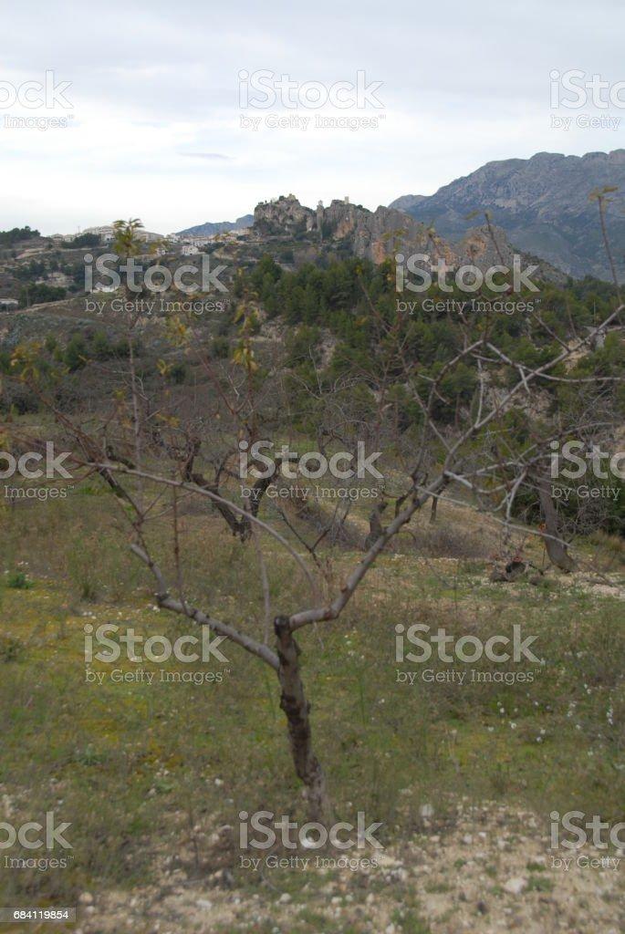 Verstecktes Dorf im Gebirge - Guadalest - Costa Blanca - Spanien royaltyfri bildbanksbilder
