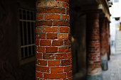 Vertical brick of shellfish column requires repair