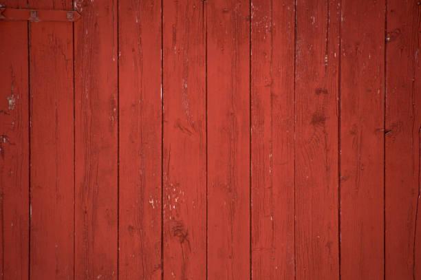 Fundo de pranchas e pranchas celeiro vermelho vertical - foto de acervo