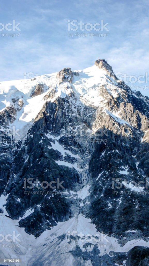 affichage vertical du Nord font face à nombreux itinéraires d'ascension de l'Aiguille du Midi avec ist - Photo