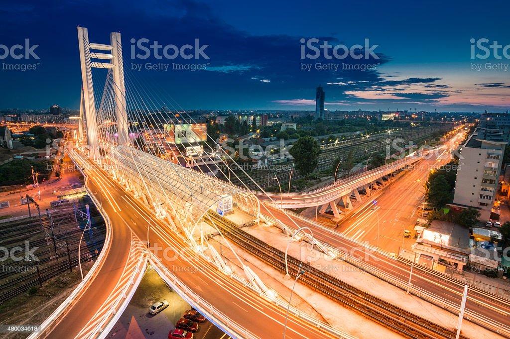 Very high top view on Basarab Bridge  at night foto