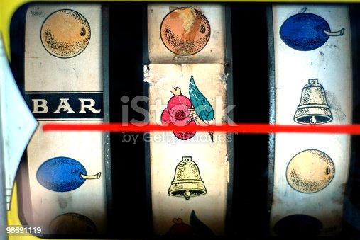 Very old slot machine display