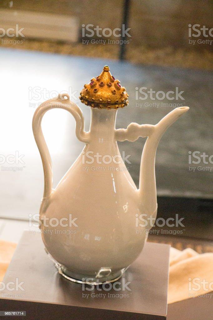 Zeer oude stijl seramic ewer water kruik - Royalty-free Aardewerk Stockfoto