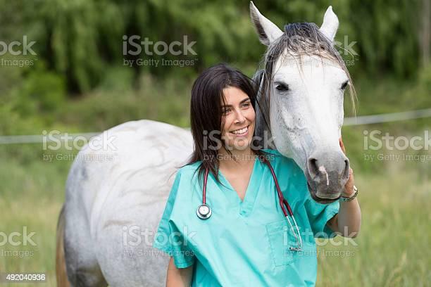 Veterinary on a farm picture id492040936?b=1&k=6&m=492040936&s=612x612&h=qzhs2 ilvyqqdv6q751 3r882cn2yfttwrmwfxqyx50=