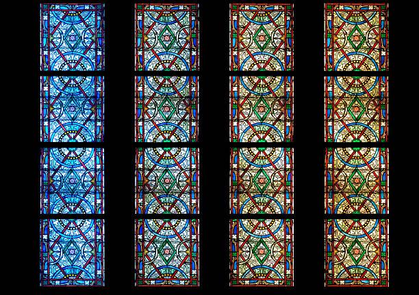 Vetro di chiesa colorato stock photo