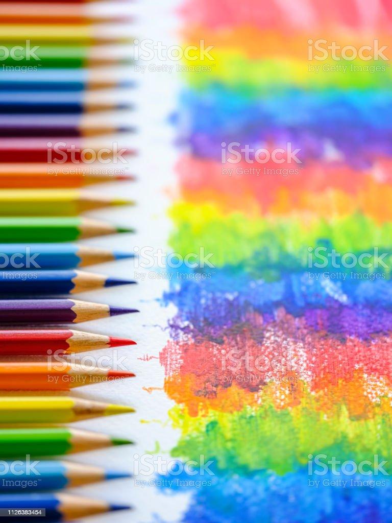 Coloriage Darc En Ciel En Ligne.Photo Libre De Droit De Arcenciel Vibrant Couleur Coloriage