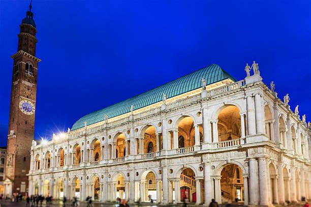 vicenza, basilika palladiana, italien - vicenza stock-fotos und bilder