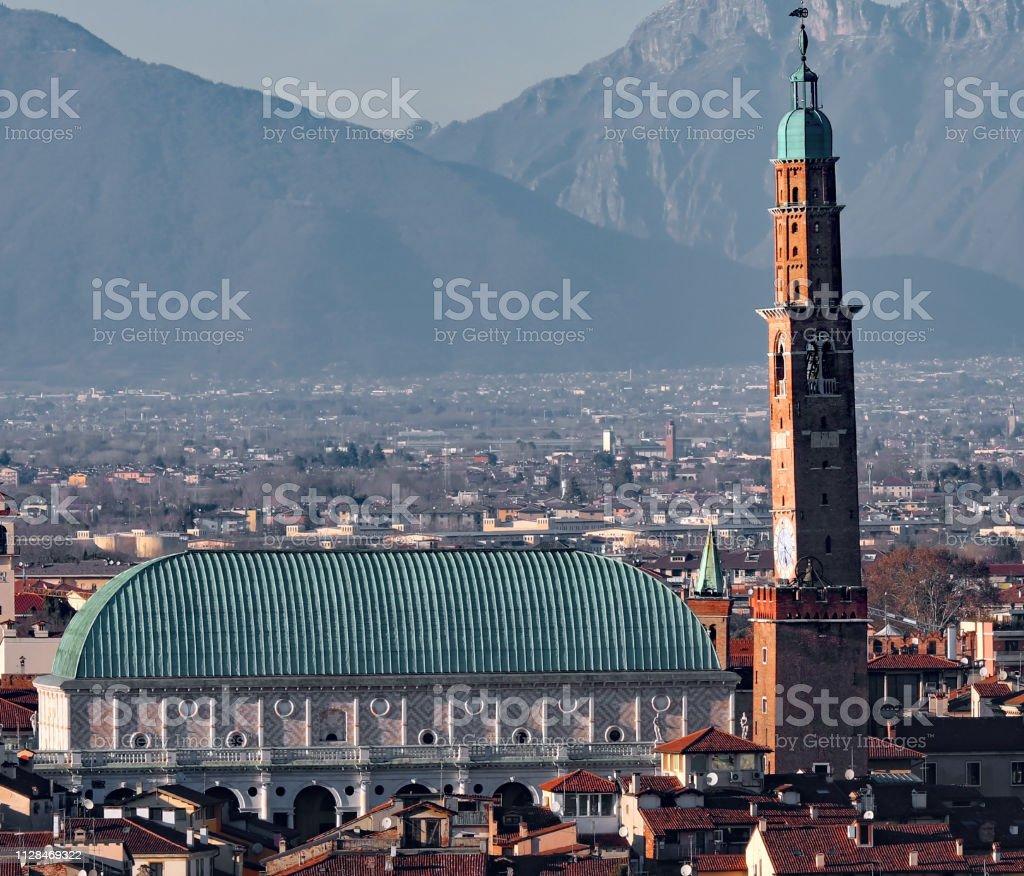 Vicenza City and The Basilica Palladiana a Renaissance building - foto stock
