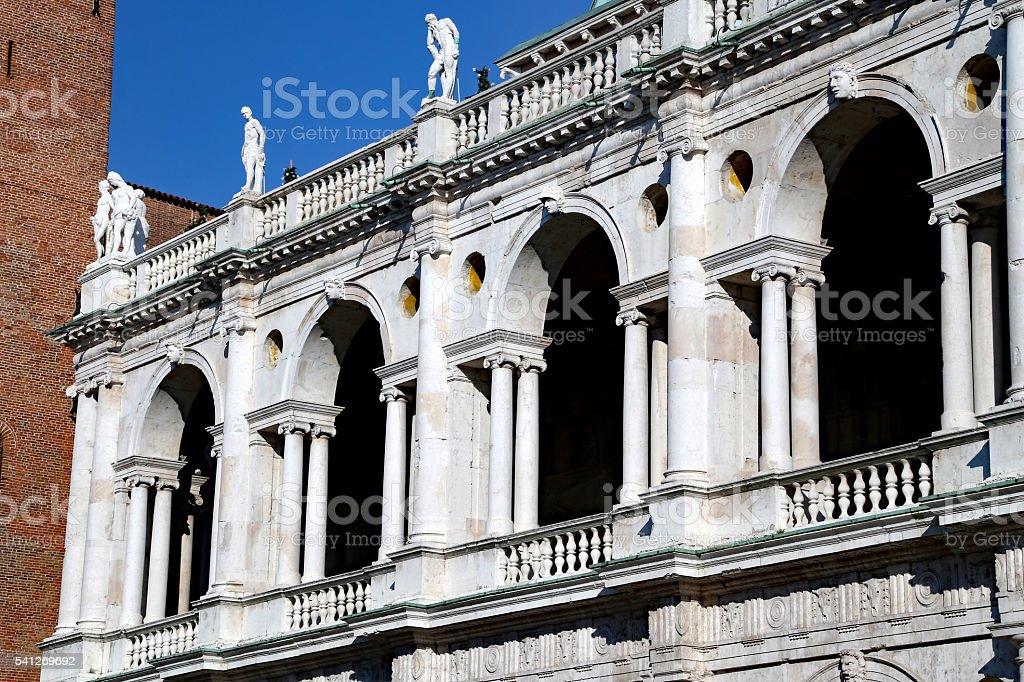 Vicenza, Italia. Antica Torre di monumento chiamato Basilica Pallad - foto stock