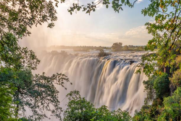 Viktoriafälle am Sambesi, zwischen Sambia und Simbabwe – Foto