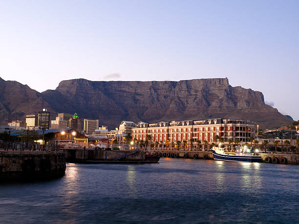 victoria waterfront, cape town south africa - table mountain south africa stock pictures, royalty-free photos & images