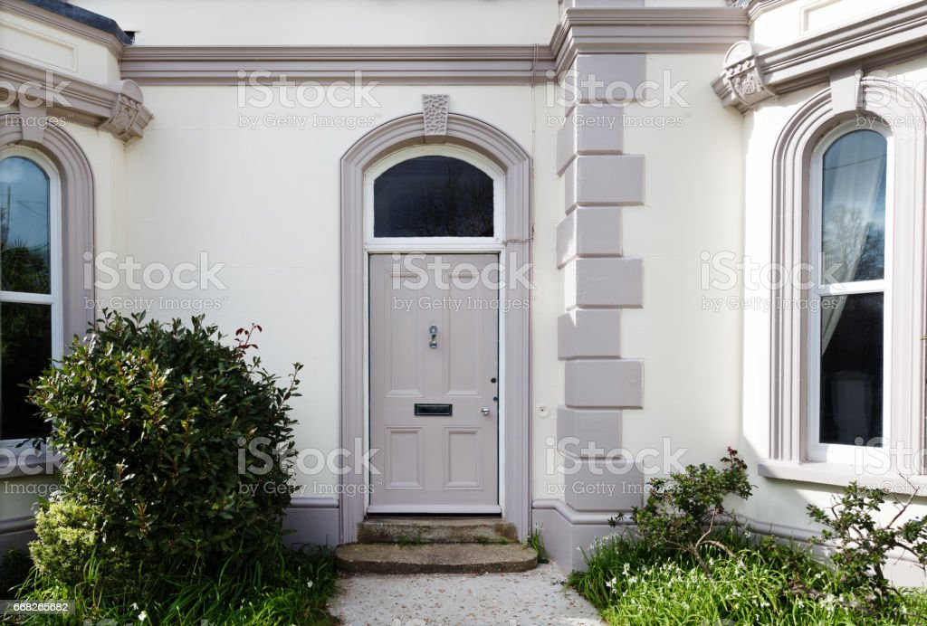 Victorian House Southwest England Uk Stock Photo Download Image Now Istock,Different Ways To Hang Curtains On A Rod