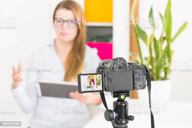 Video camera blog recording vlog blogger woman picture id664304092?b=1&k=6&m=664304092&s=612x612&h=yzucuwnwan2zks9fktjrocnbew77xyoba ykebnk37w=