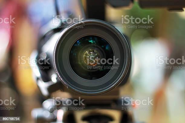 Video camera lens picture id890768734?b=1&k=6&m=890768734&s=612x612&h=btvor7ncweywo0ekc8awybx4tcdmtuxsnhautibtv a=